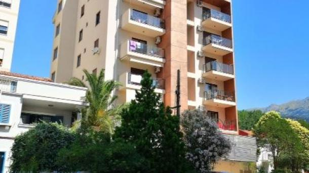 Apartment in the center of Budva